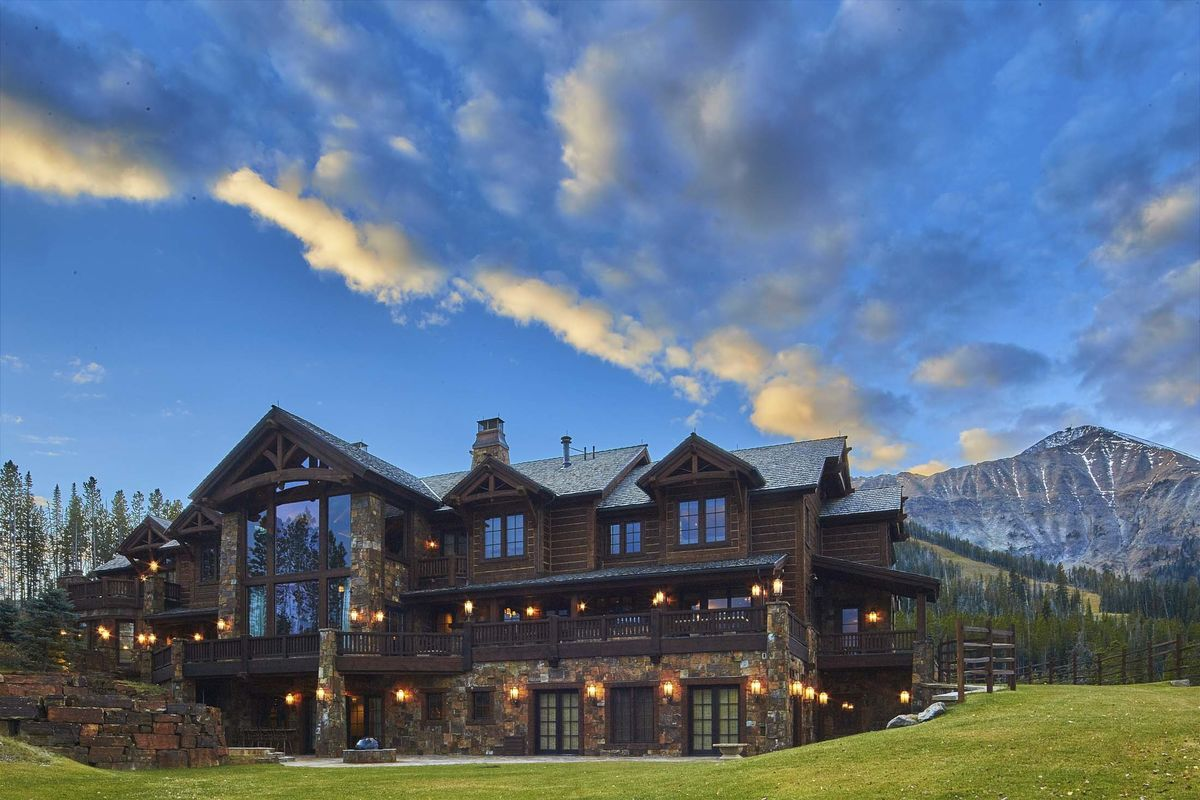 This $15 Million Montana Lodge Is Selling for Half-Price - Bloomberg