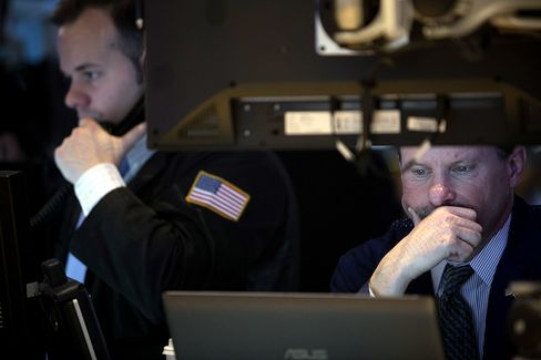 U.S. Stocks Decline After S&P 500 Record as Tech Shares Slide