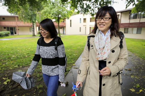 China Sent 157,588 Students to U.S. Colleges