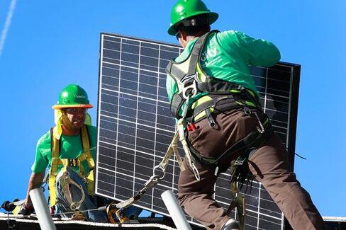 Solar Companies Value Consumer Data That Utilities Ignore at Their Peril