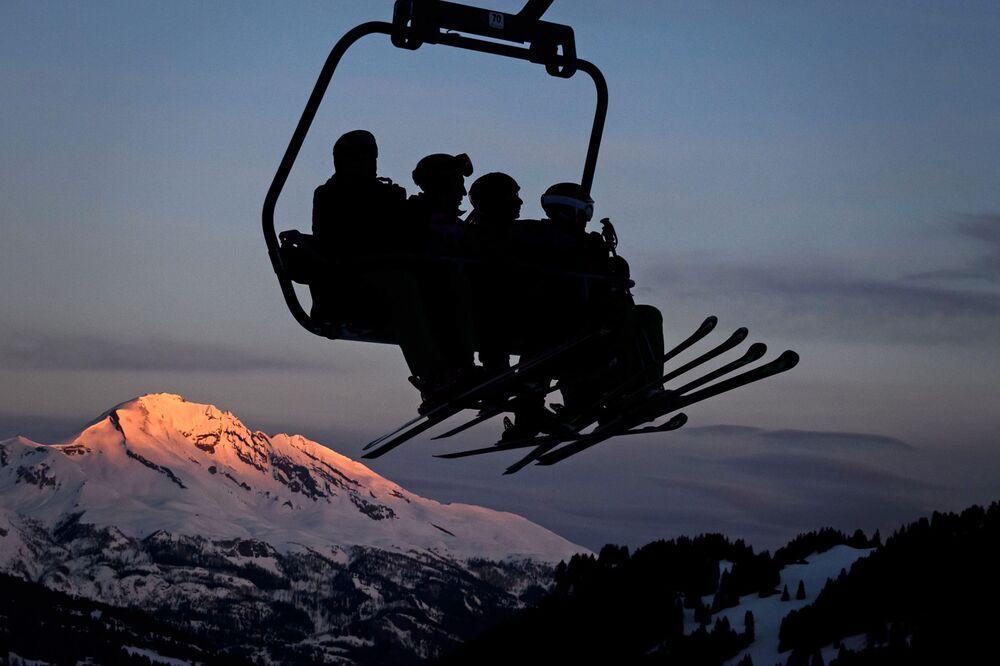 Swiss Ski Resorts See Good Times After Franc Sent Them Downhill