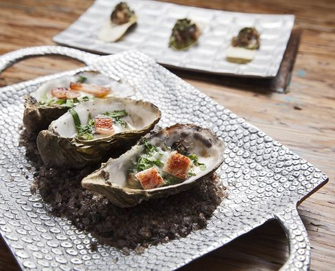 Oysters at Corazón de Tierra.