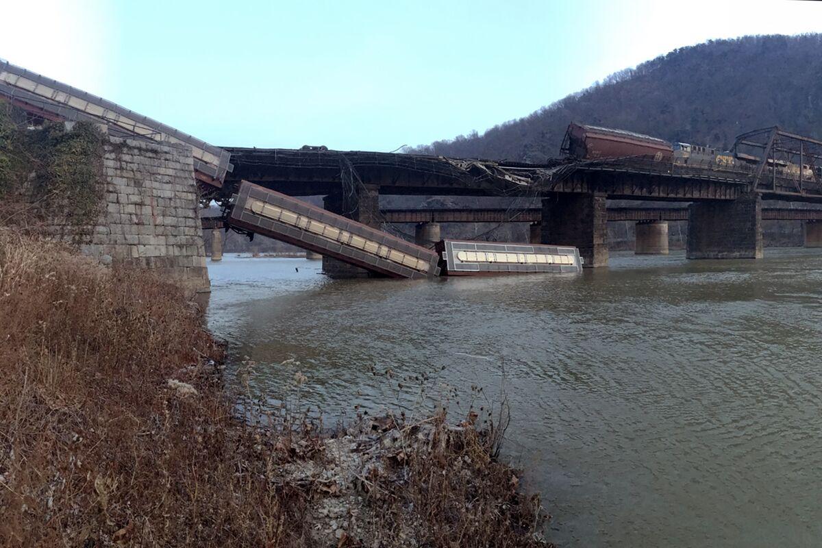 CSX Freight Train Derailment Severs Iconic Appalachian Trail