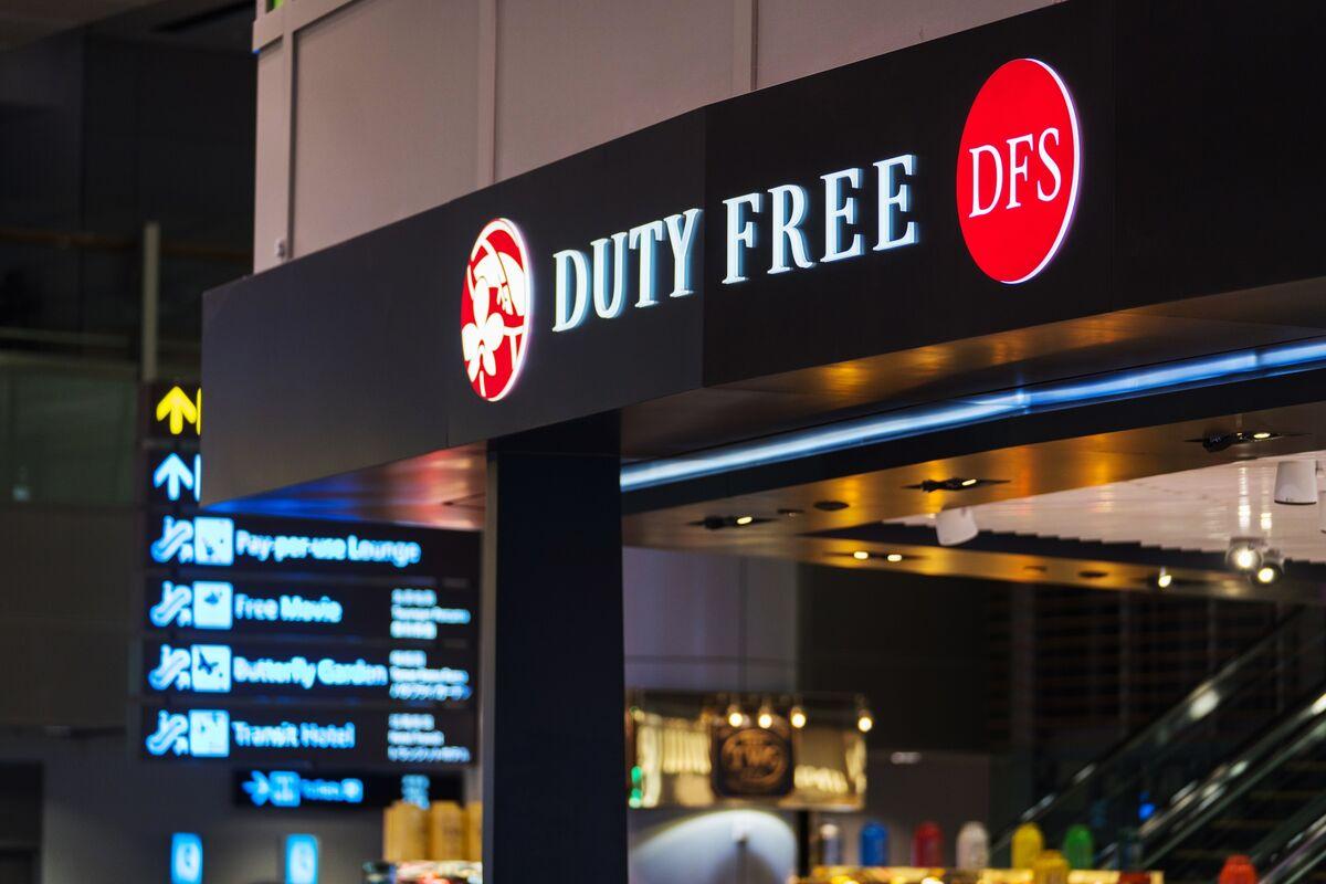 Duty-Free Job Cuts Expose Singapore's Sensitivity