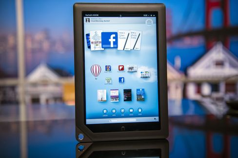 Bargain Nook Worth Look as Kindle-IPad Rival