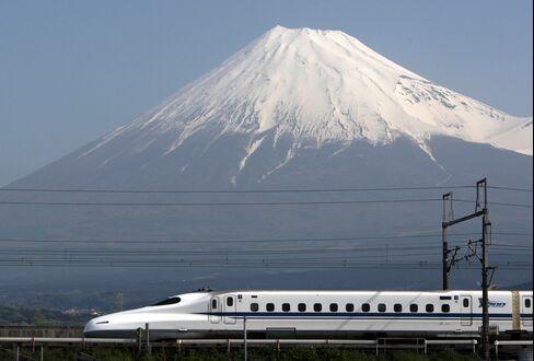 日本の新幹線を称賛