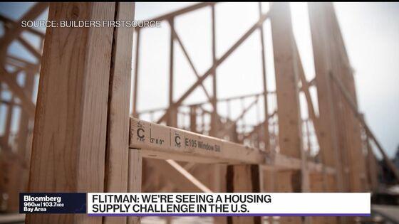 U.S. Lumber Prices Seen Extending Losses as Sawmills Ramp Up