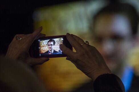 Report Underscores Shift In Debate Over Personal Data Privacy