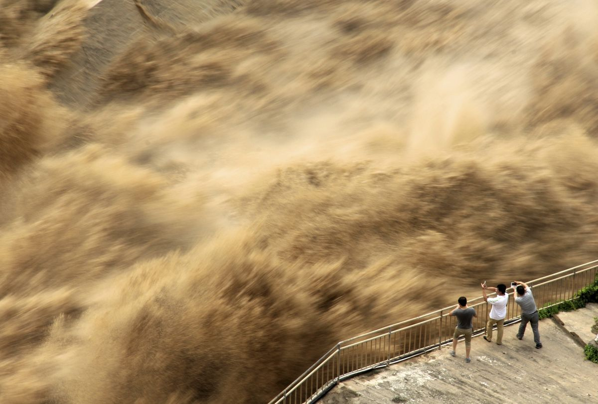 China's Worsening Floods Highlight Extreme Weather Threat - Bloomberg