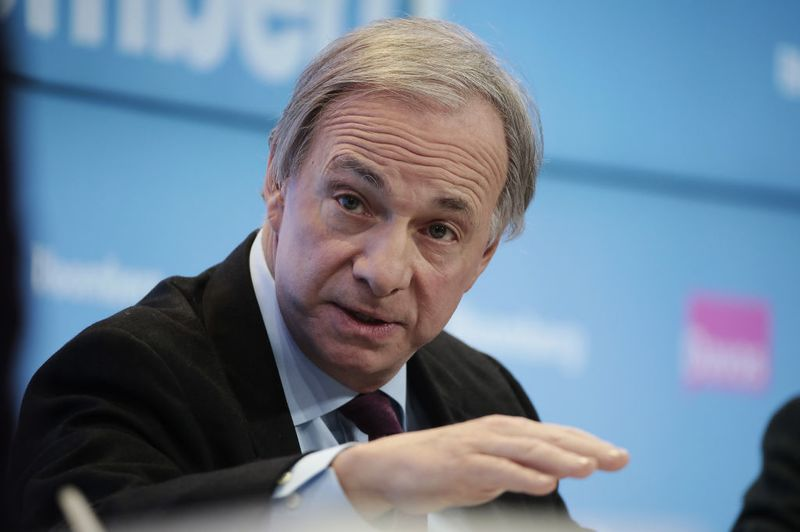 Ray Dalio's Faith in Gold Is Unshaken
