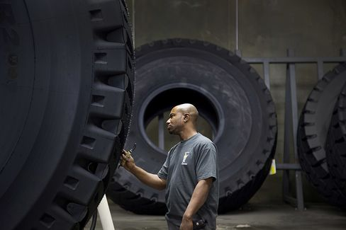 Rubber Inventory Climbing in China as Slowdown Cuts Demand