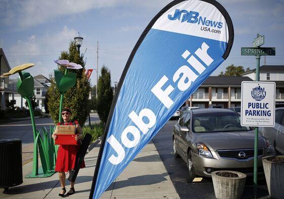 U.S. Jobless Claims Fell Last Week to Fresh Pandemic-Era Low