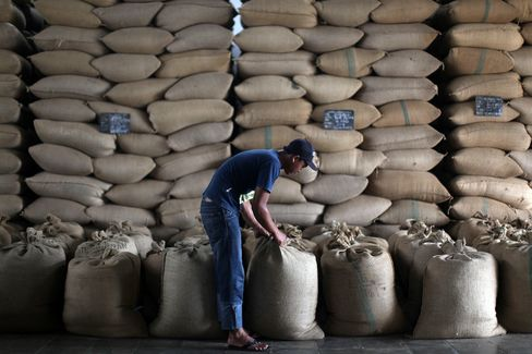 Coffee Exports From Indonesia Dropping Even With Record Harvest