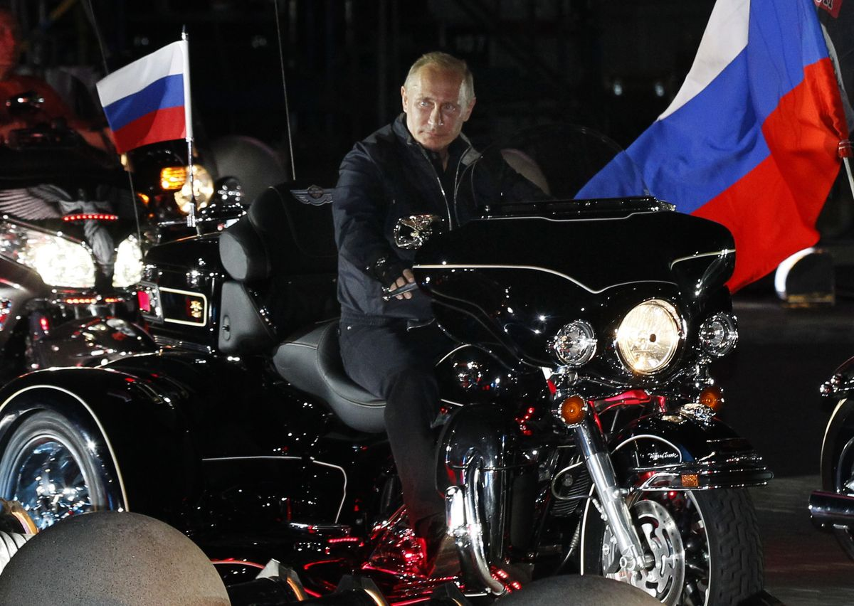 Putin Place - Cover