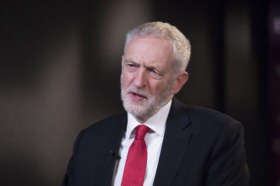 Labour Leader Corbyn Refuses Invitation to Trump State Banquet