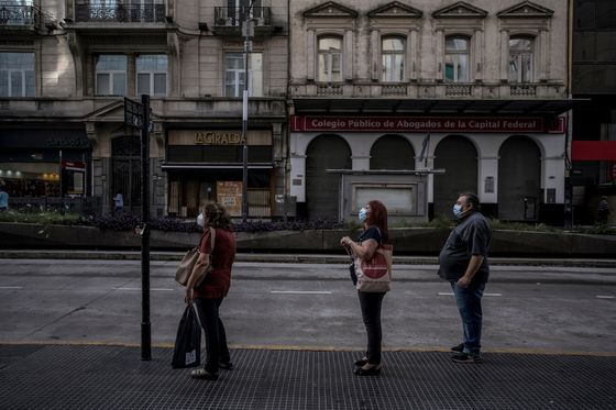 Argentina to Impose 9-Day Lockdown as Cases, Deaths Surge