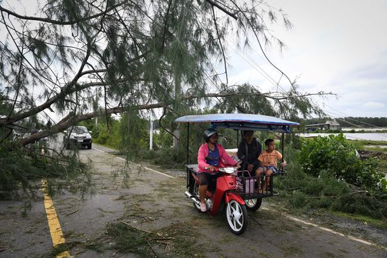Thai Tropical Storm Weakens After Thrashing Southern Region