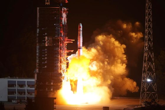 China Lands Probe on Far Side of the Moon in a World First