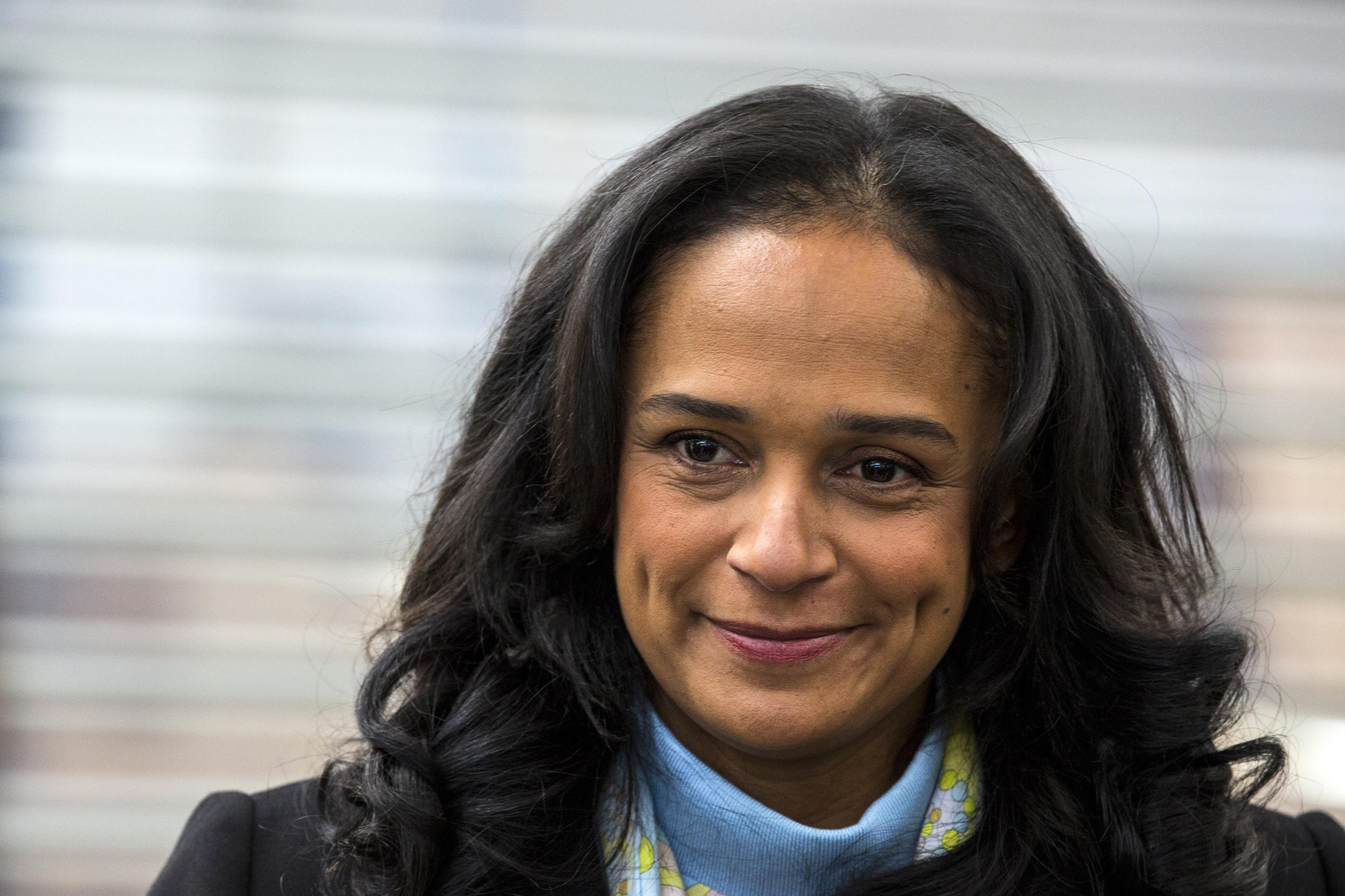 bloomberg.com - Henrique Almeida - Africa's Richest Woman to Be Ousted at Angola Telecoms Company