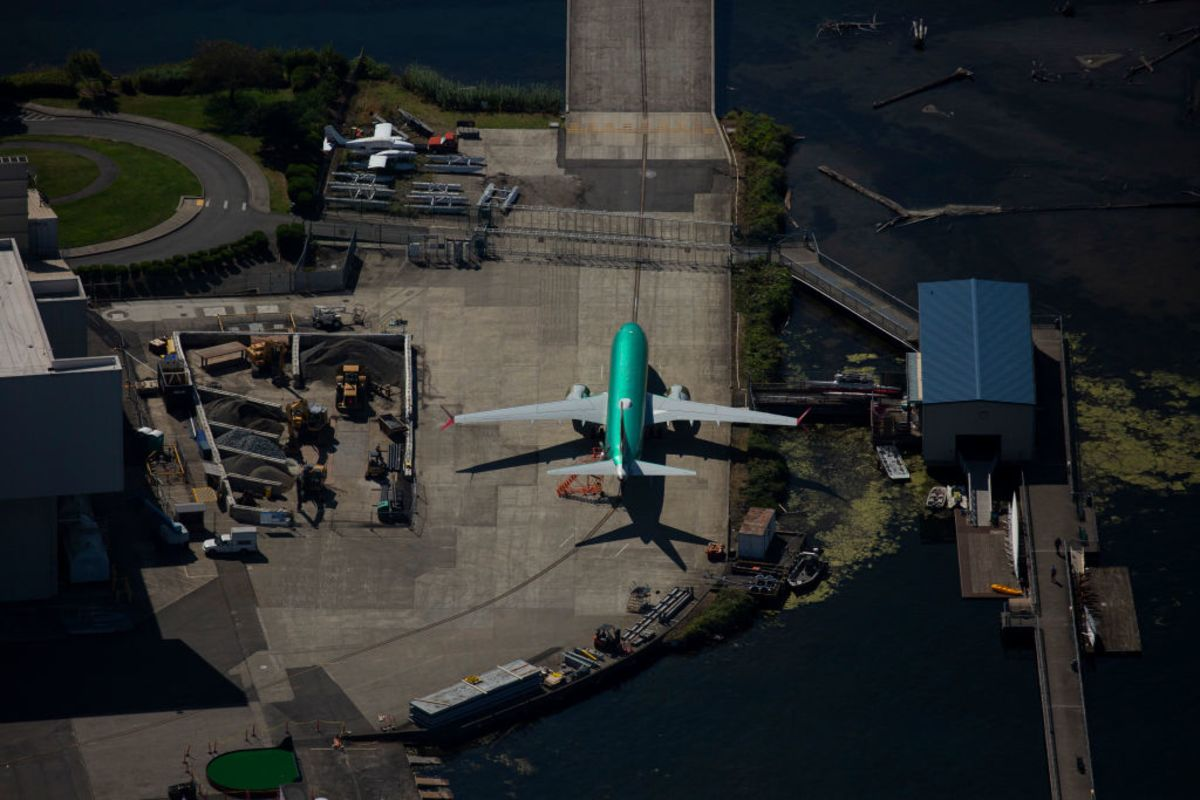 Boeing Fixing New Software Bug on Max; Key Test Flight Nears
