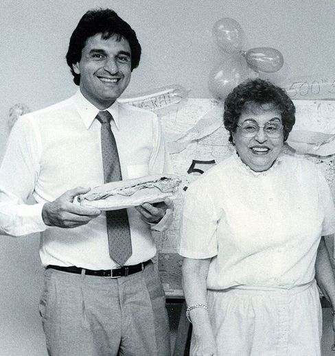 DeLuca with his mother in 1985.