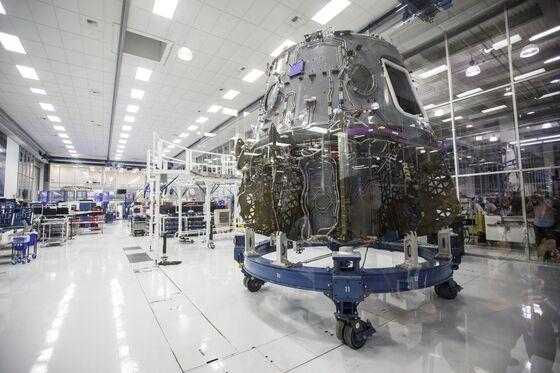 SpaceX Seeks $500 Million Loan Via Goldman Sachs