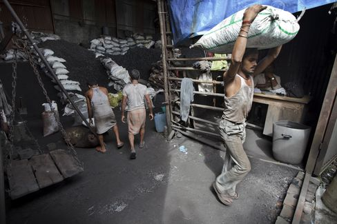 India to Exceed China as World's Coal Power, Buoying BHP
