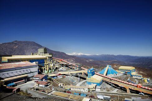 Power Shortage Hurts Chile $100 Billion Copper Push