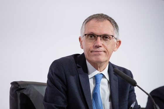 Stellantis CEO Vows to Speed Up Carmaker's Electric Shift