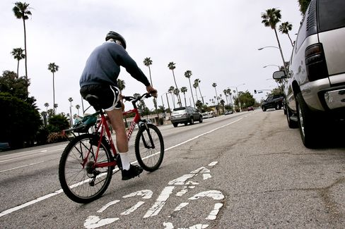 L.A. Breaks Driving Addiction as Bike-Train Commutes Grow