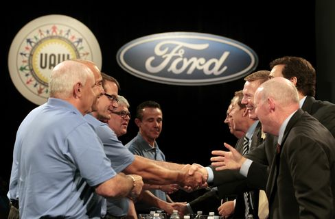 Ford Reaches Tentative Agreement With Union