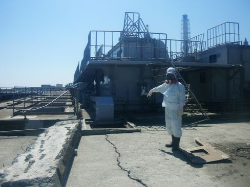 Tepco Dumps Radioactive Water Into Sea, Citing Safety Concer
