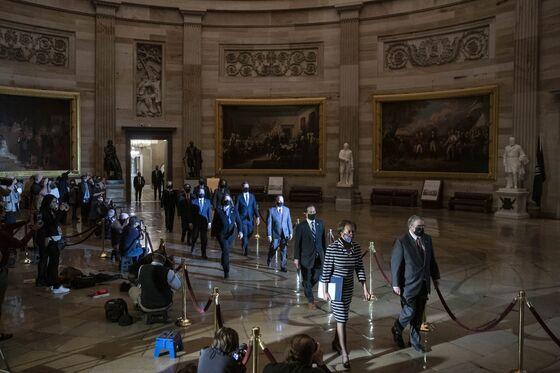 Trump Senate Trial Starts as Impeachment Article Delivered
