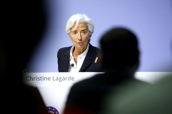 Lagarde Sees No Need For ECB Response to Coronavirus Yet