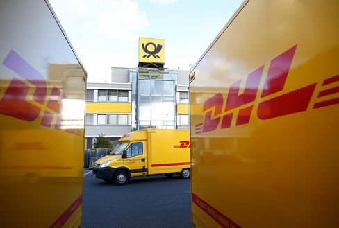Volvo Said to Near DHL Deal to Deliver Packages to Parked Cars