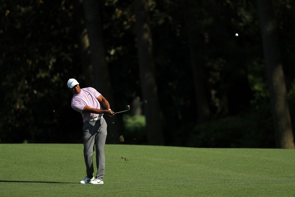 Tiger Woods Has Bookmakers Sweating After Third Round of Masters