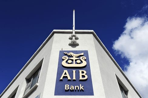 Burned Bondholder Sees 'Slam Dunk' in AIB