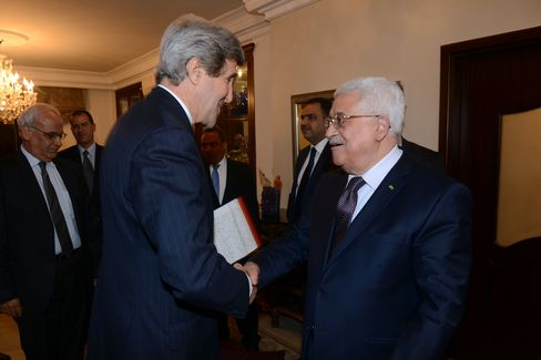 U.S. Sec. of State Kerry & Palestinian President Abbas