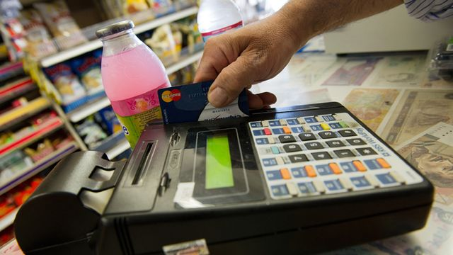 Millions of Americans Make a Costly Mistake When Paying Credit Card Bills