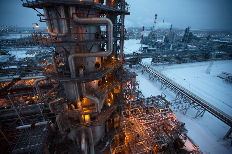 bloomberg.com - Ilya Arkhipov - Russia Aims to Speed Up Oil Output Cuts