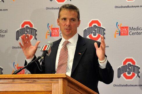 Urban Meyer Returns From Yearlong Hiatus to Coach Ohio State