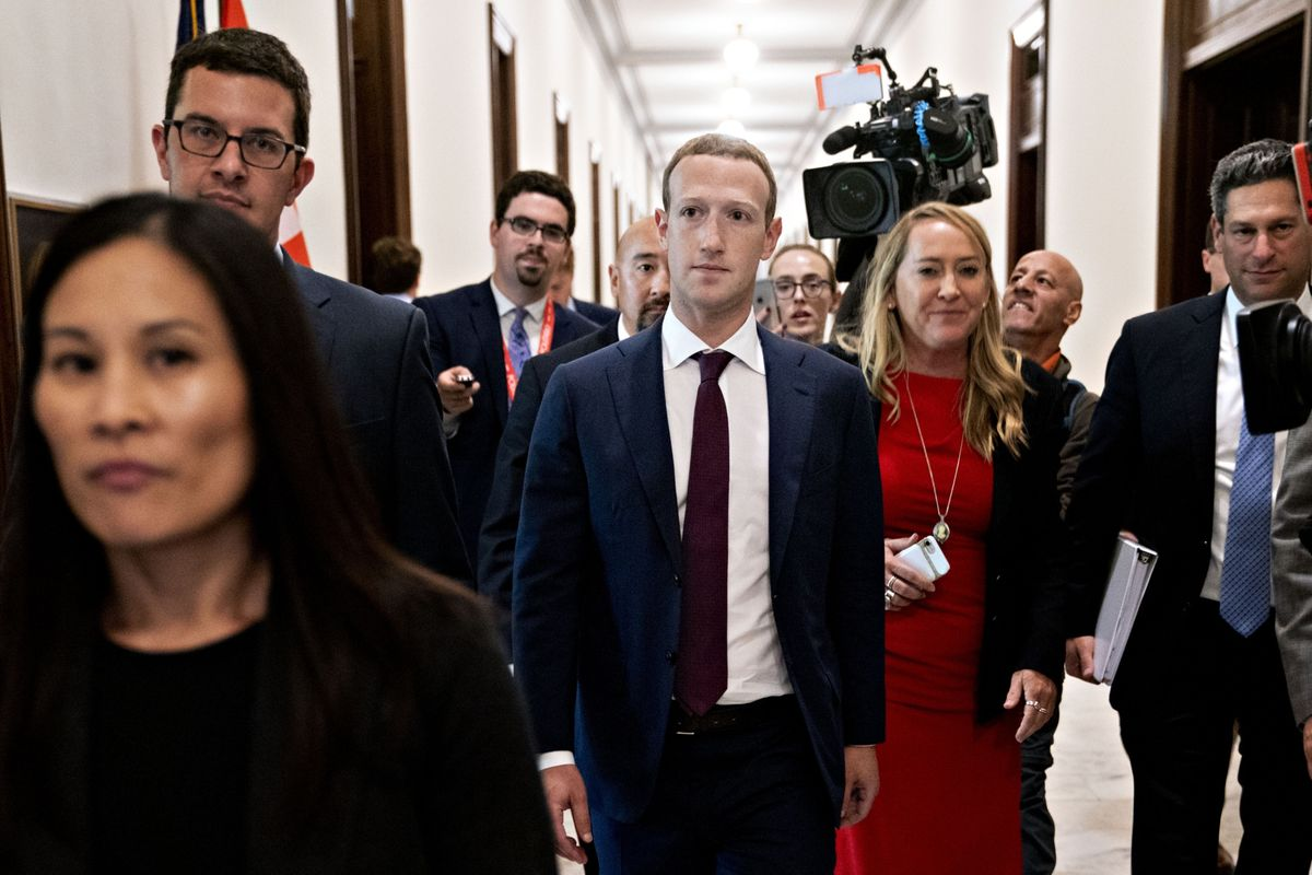 Facebook's Mark Zuckerberg Heads Back to Washington for Questioning