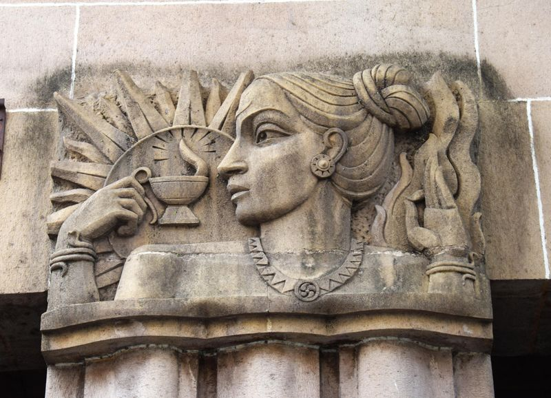 relates to Mumbai's Iconic Art Deco Buildings Were Made to Conquer Disease