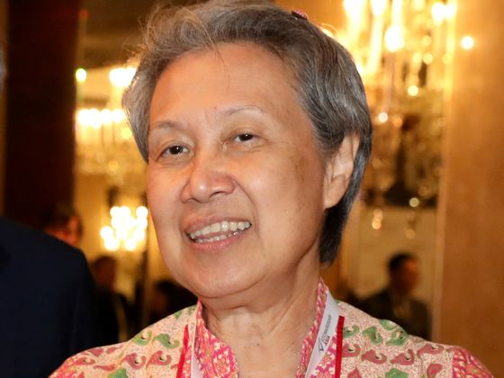 Temasek Chief Defends Investments in Polluters in Final Speech