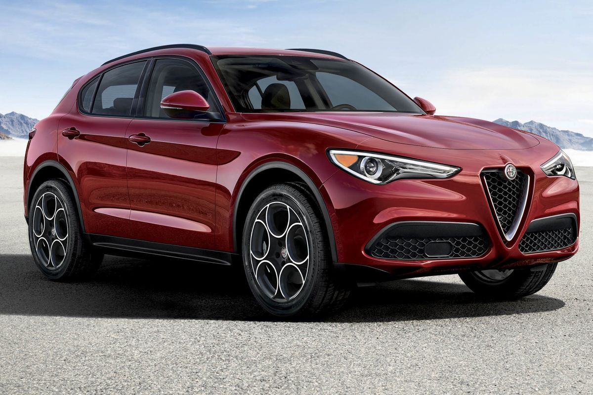 alfa romeo stelvio review a tough new crossover contender bloomberg. Black Bedroom Furniture Sets. Home Design Ideas