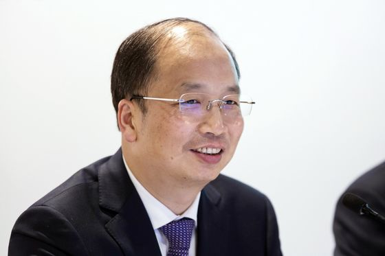 China's Top Security Regulator Seeks to Ease Volatility Concerns