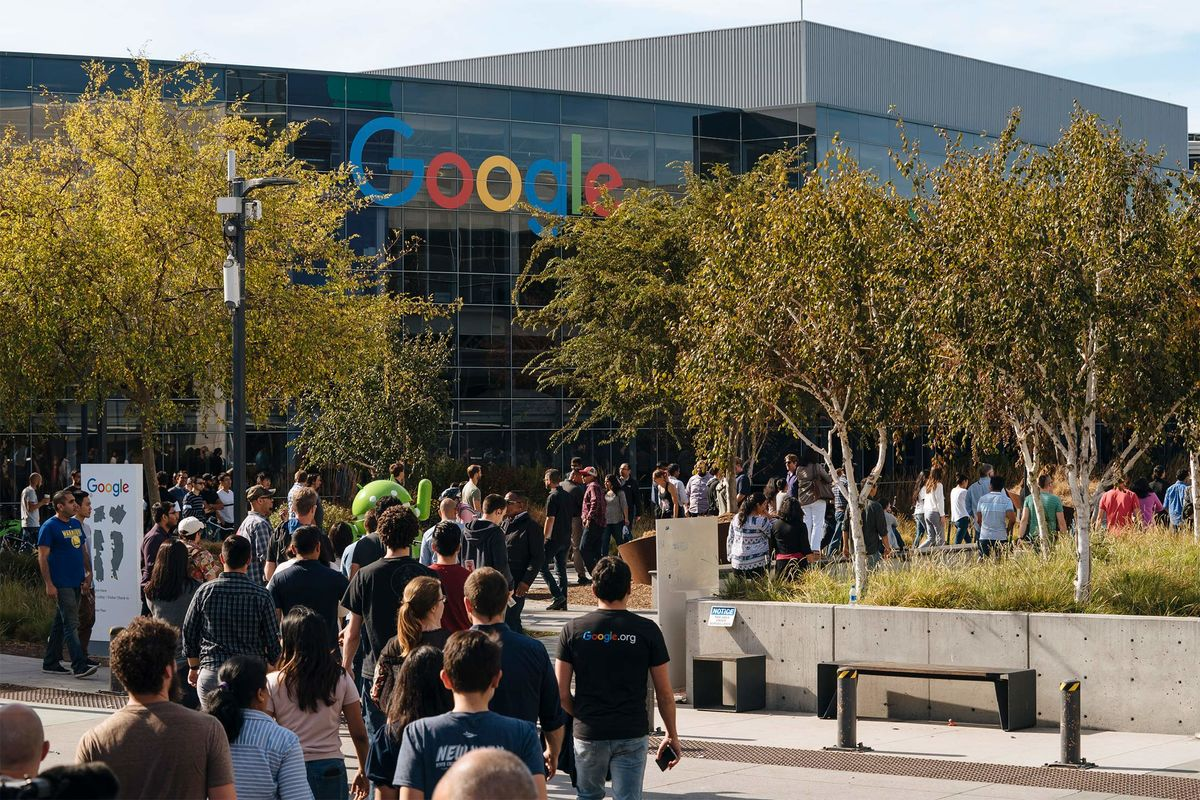 Google Urged the U S  to Limit Protection For Activist