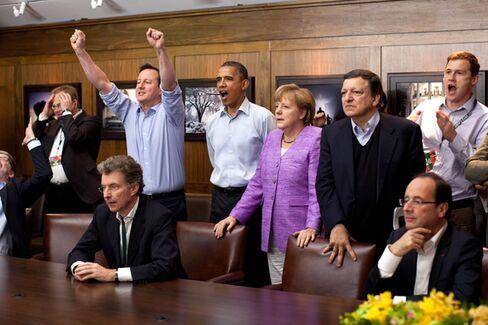 Awkward: Obama, Merkel, and Cameron Watch Soccer