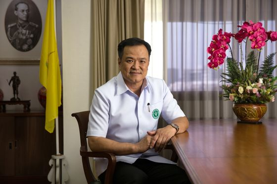 Thailand Bets on Chinese Shots to Start Rollout By Month End