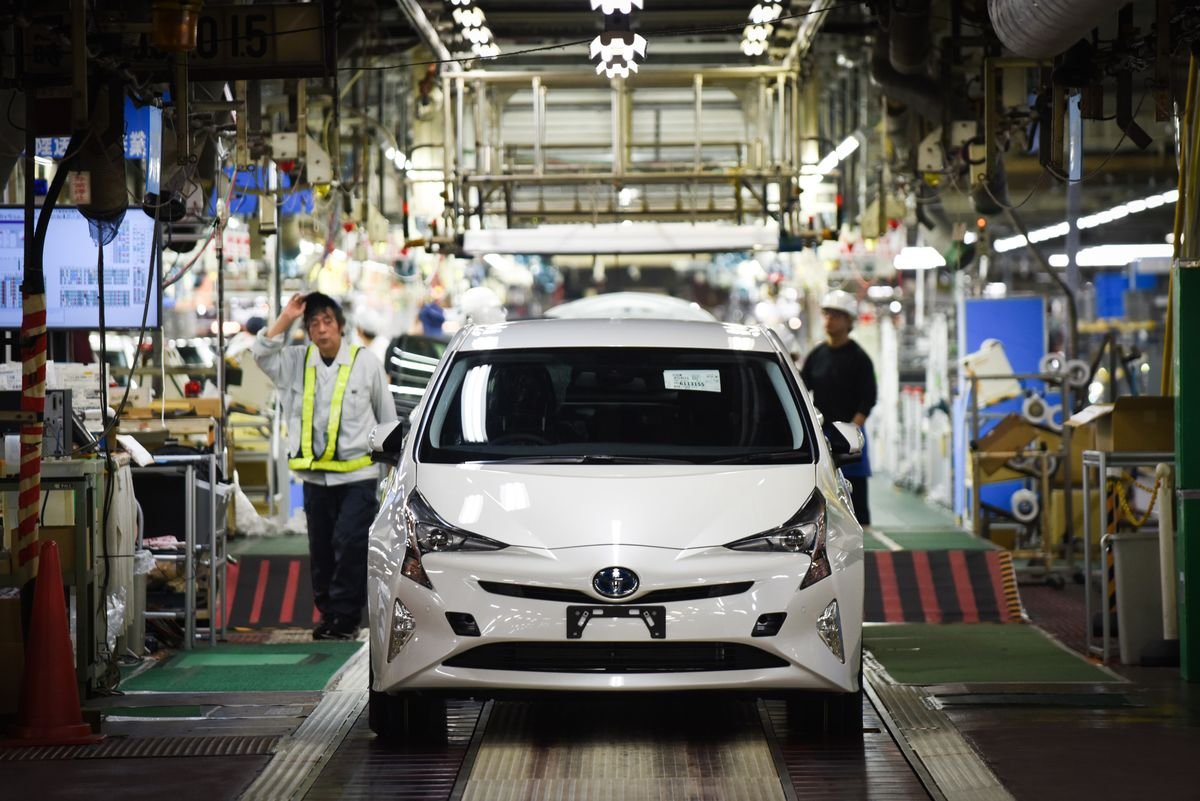 Toyota to Halt More Factory Lines in Japan